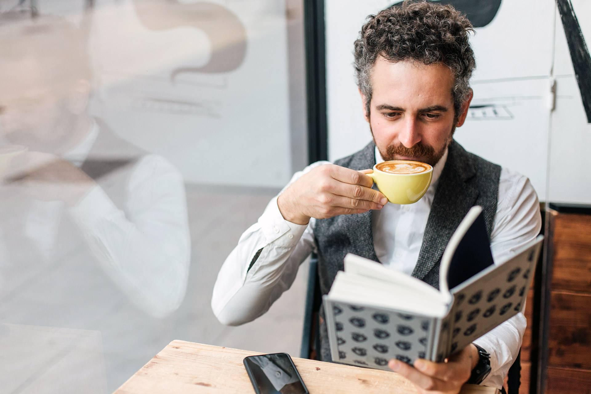 Kaffee, Lesen
