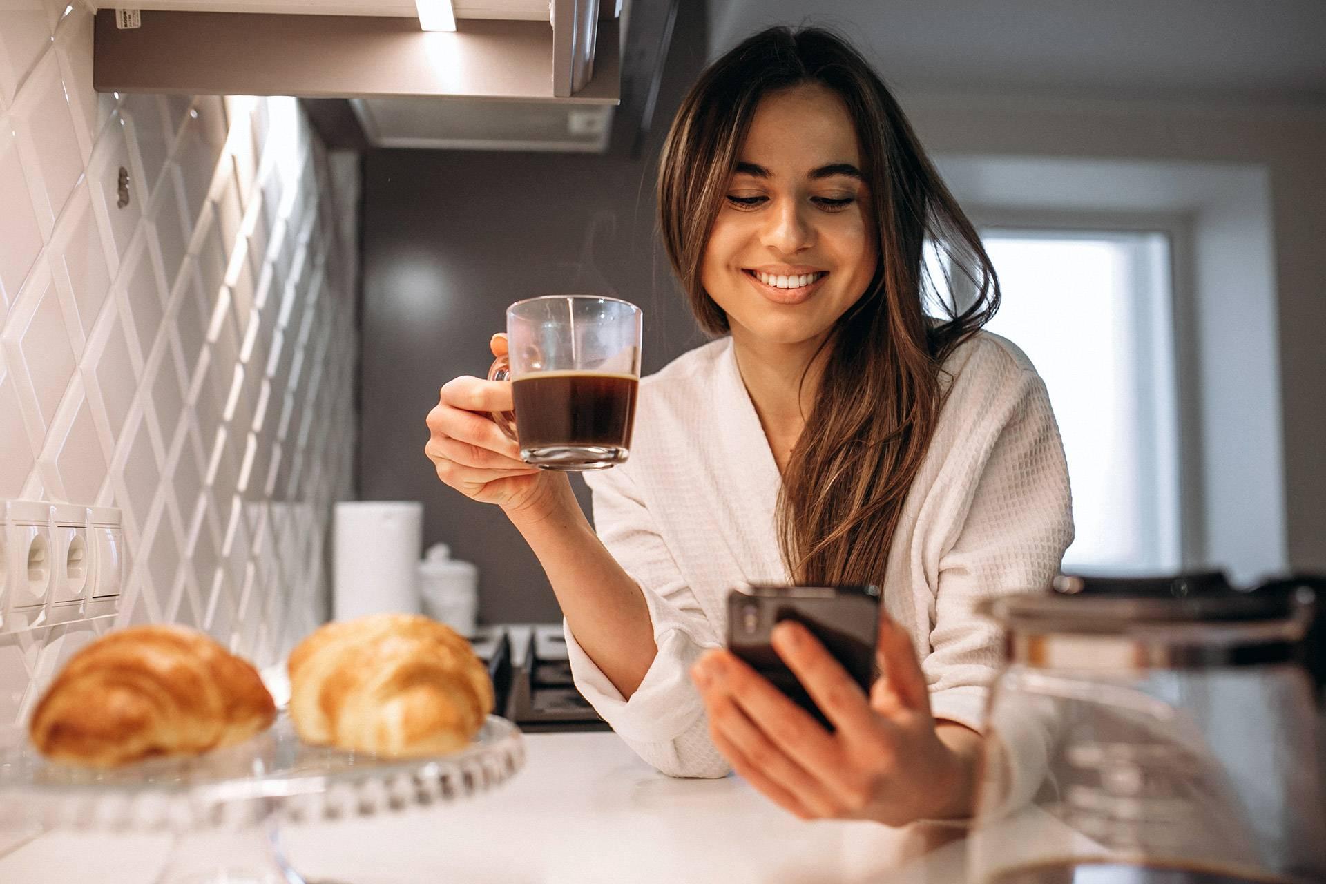 Kaffee, Lächeln